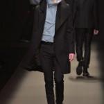 【Pコートのメンズおすすめコーデ】黒ブラック細身スキニーデニムで外人のようにオシャレに着こなせ!!