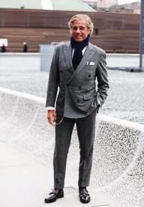 2016年4月13日 「洋服の青山」のスーツでも格好良く見せる唯一の方法。9割以上の人が見落としている「スーツの選び方のコツ」とは?