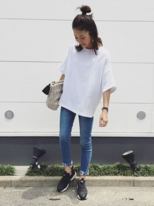 spring-and-summer-ladies-coordination-of-the-white-t-shirt-and-denim07_R