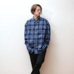 ユニクロの超名作!「エクストラファインコットンブロードチェックシャツ」は○○に合わせるべし!